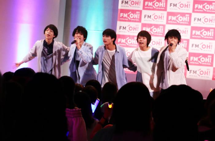 M!LKのみなさんによる特別ライブの様子
